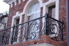kovanye-balkony-48